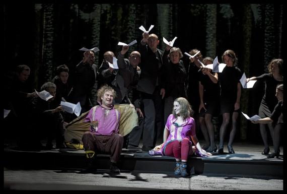Papagena, Die Zauberflöte, Dutch National Opera 2012 (Thomas Oliemans as Papageno) Photo: Clärchen and Matthias Baus